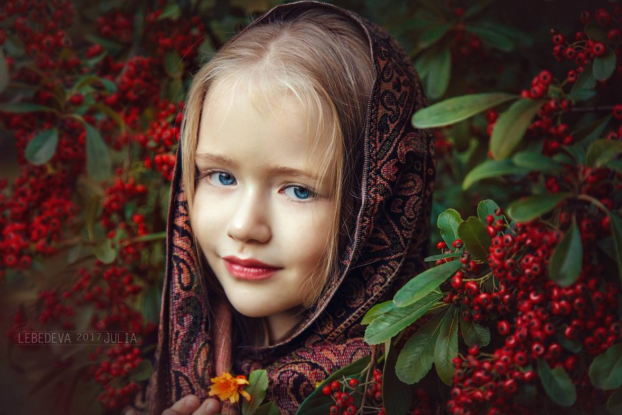 autumn red portrait girl beauty beautiful cute happiness child photo children green happy photosession photography photoshop baby berries retouch photoart juliahappy, Лебедева Юлия (Литвинова)