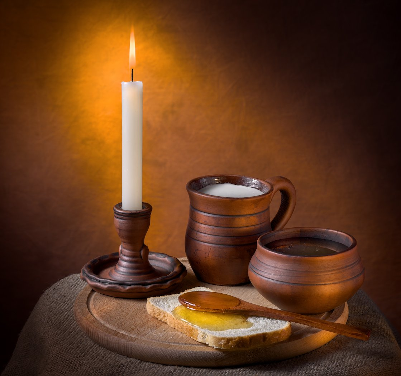 свеча, мёд, молоко, кринка, хлеб, глиняная посуда, Tom Fincher
