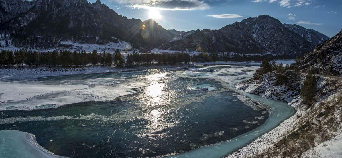 река, зима, горы, алтай, катунь, замерзла, лед, снег, сосны, берег, солнце, свет, солнечно, Игорь Токарев
