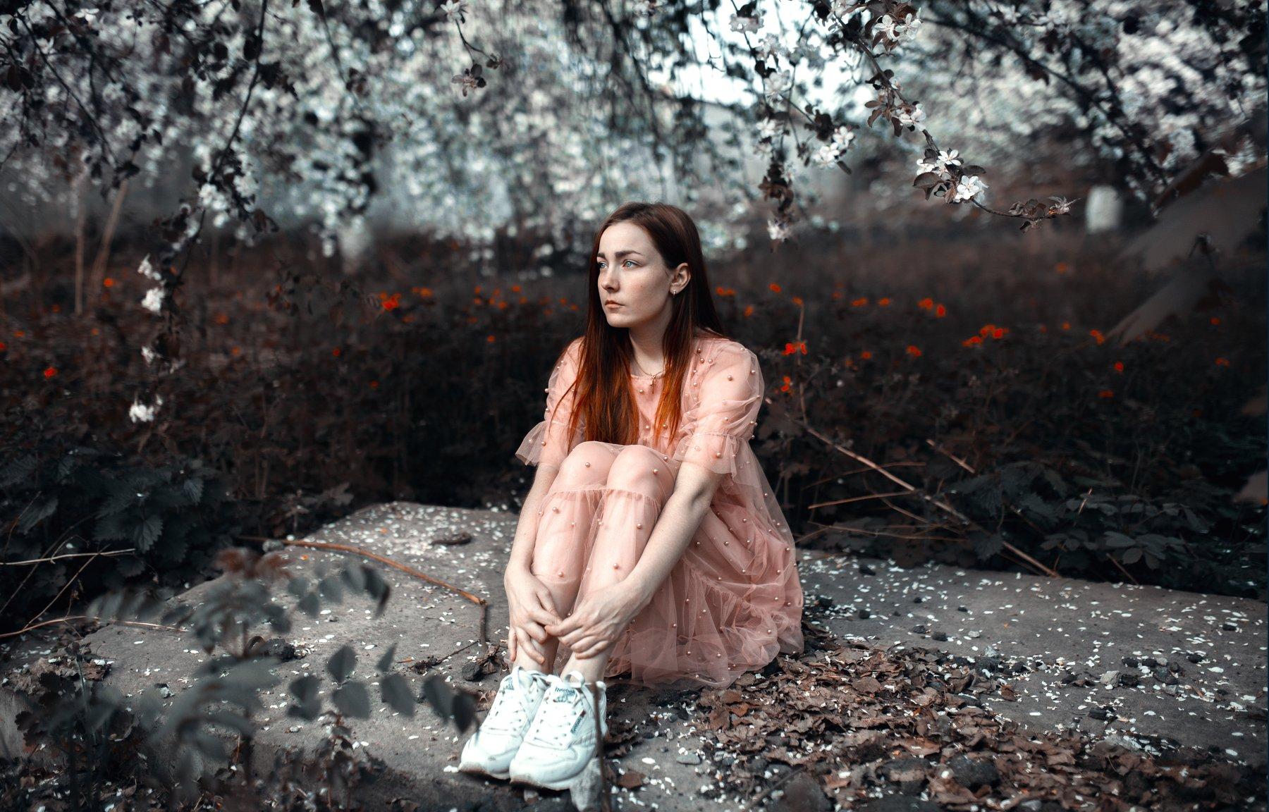 сад, цветущие деревья, цветут, яблони, девушка в саду, девушка в цветущем саду, , Маховицкая Кристина