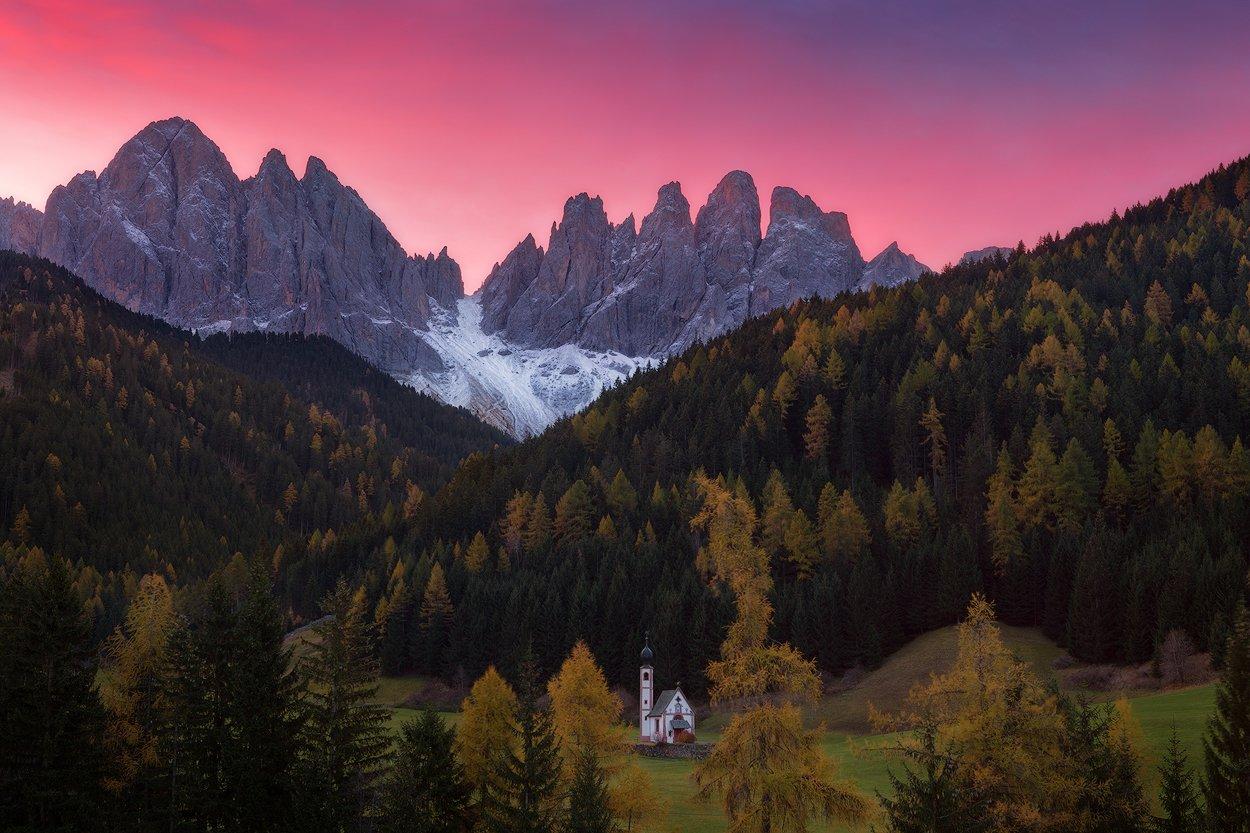 italy, sunrise, dolomites, santa maddalena, odle, val di funes, geisler, south tyrol, alps, италия, доломиты, Alex Yurko