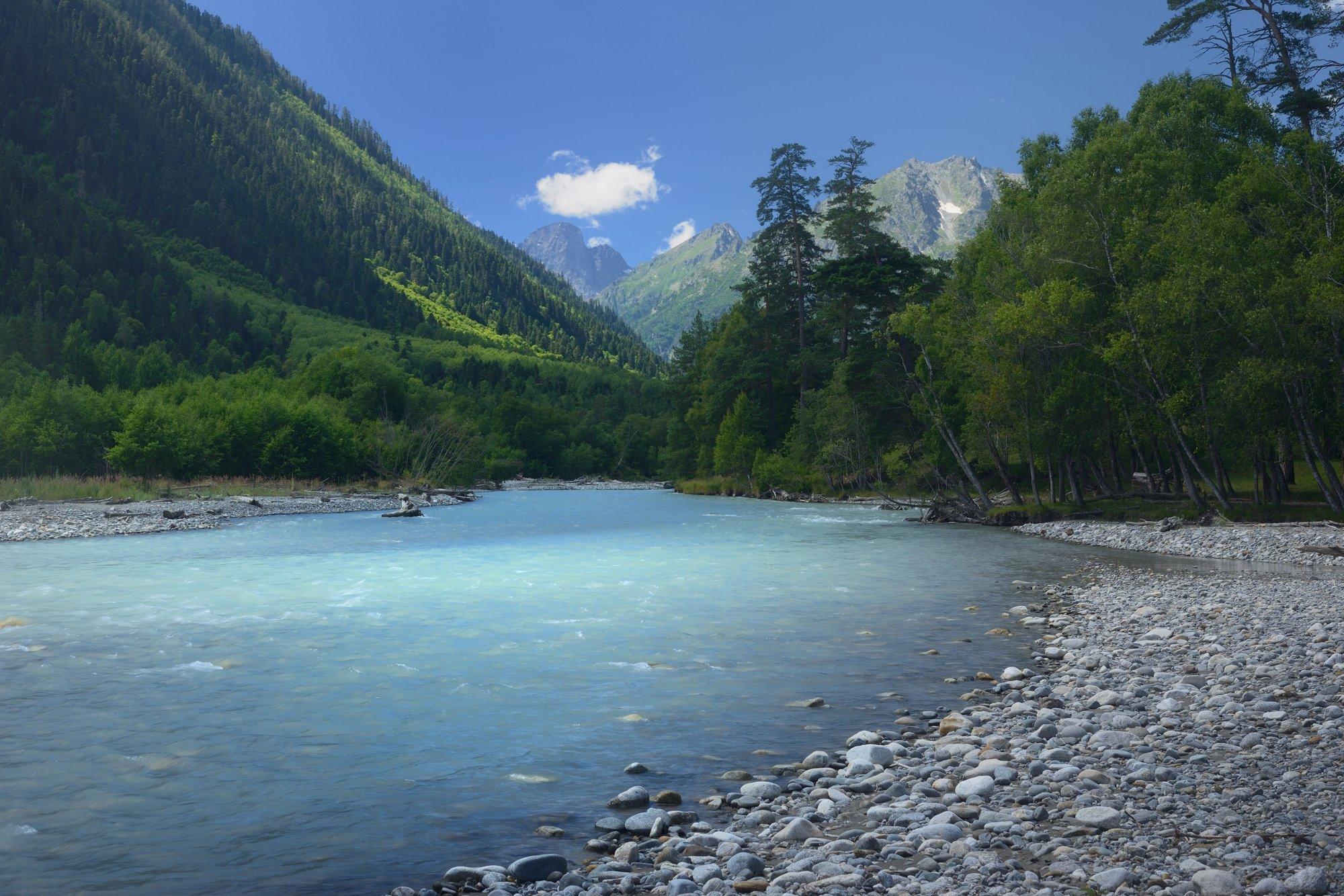 горы лето утро аксаут река, Александр Жарников