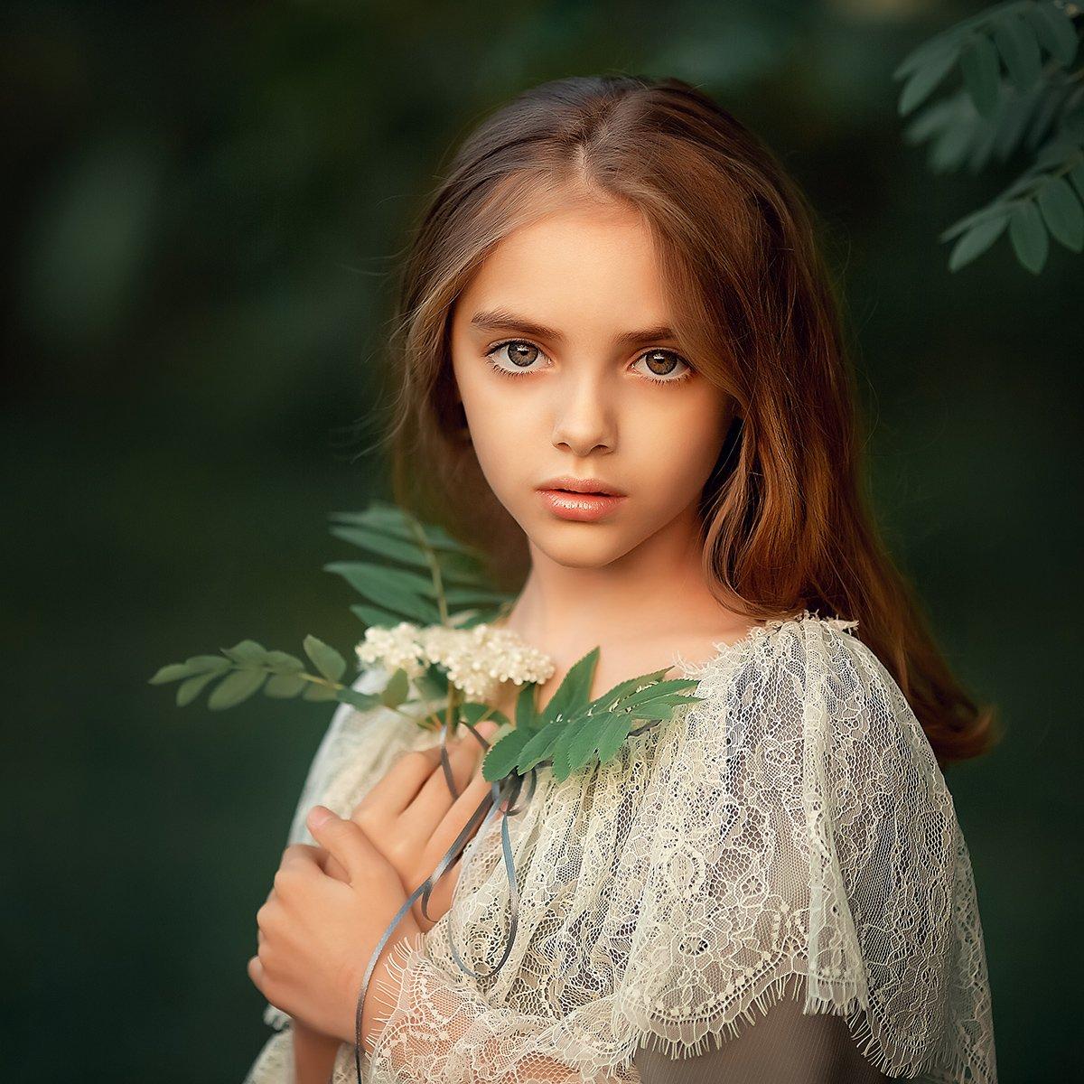 , Елена Михайлова
