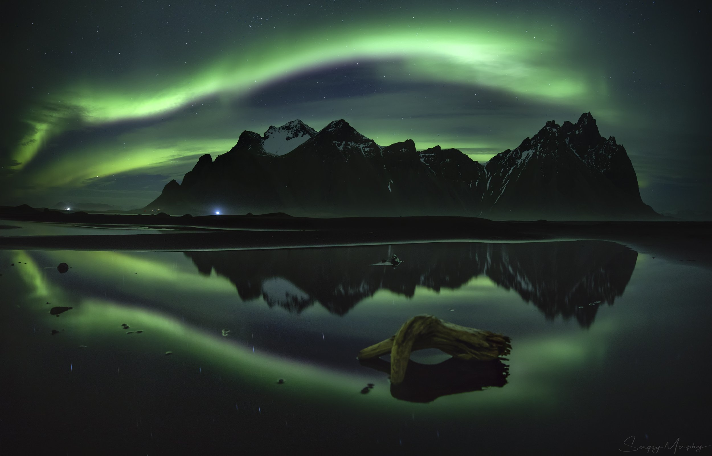 northern lights, reflection and vestrahorn. iceland., Sergey Merphy