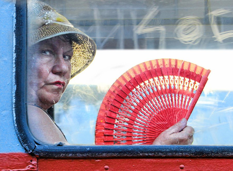 транспорт, женщина, веер, шляпа, Rita Gadar