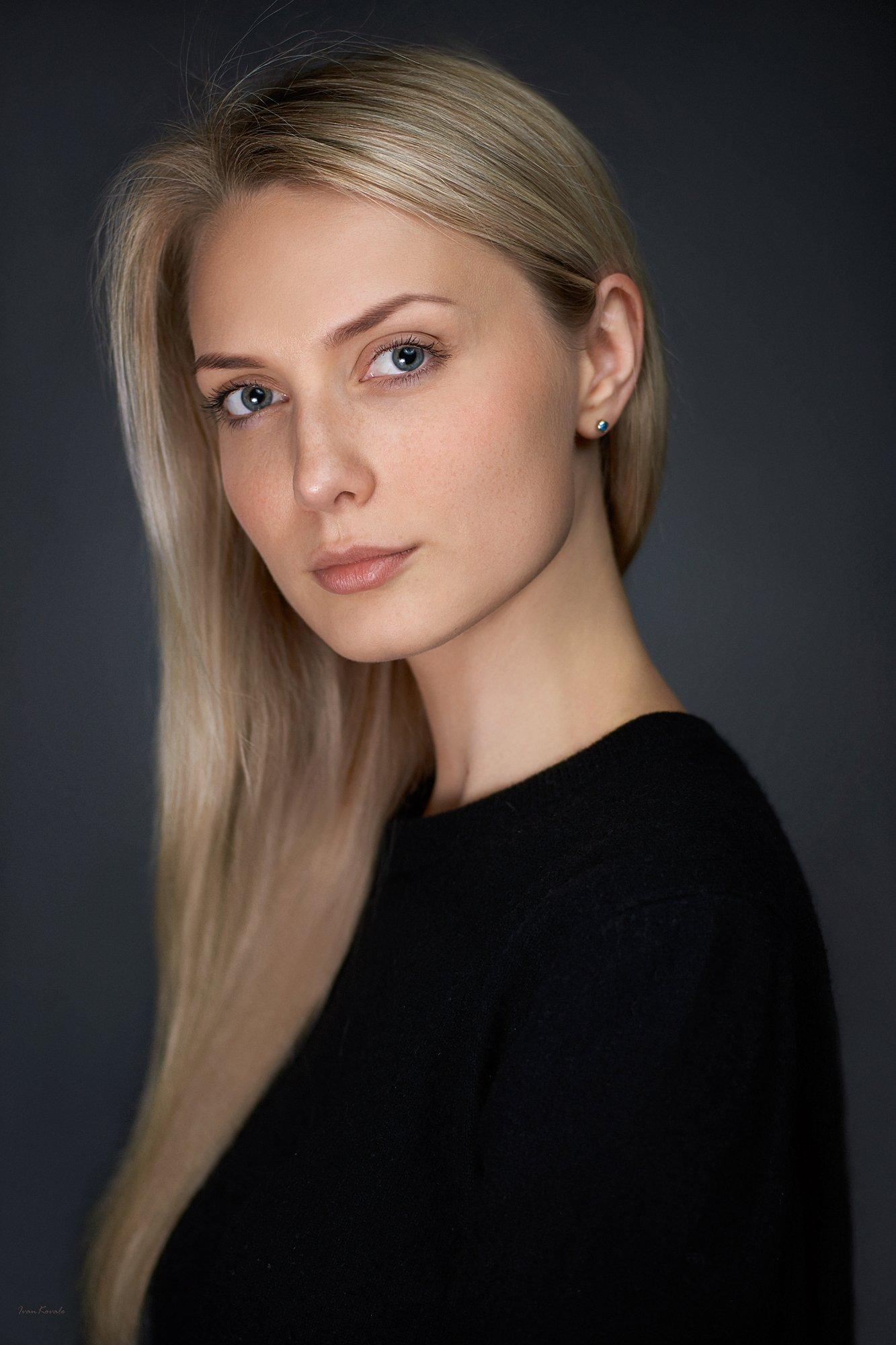 портрет, девушка, блондинка, русая, веснушки, молодая, красота, глаза, взгляд, лицо, волосы, Ковалёв Иван