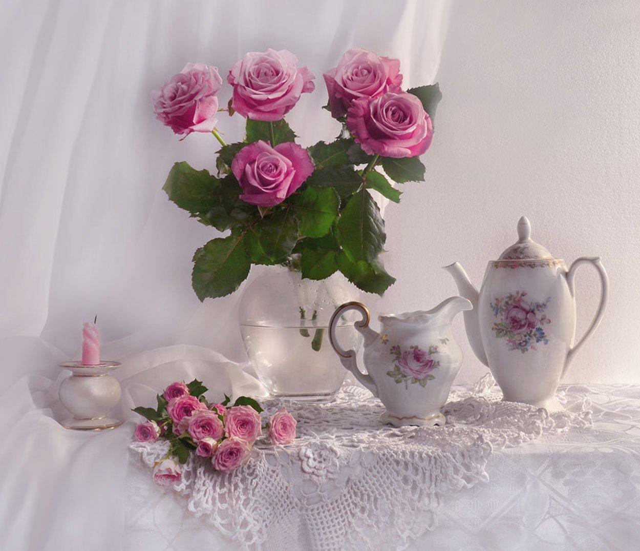 still life,натюрморт,фото натюрморт,осень, ноябрь, розы, цветы, фарфор,свеча, подсвечник, Колова Валентина