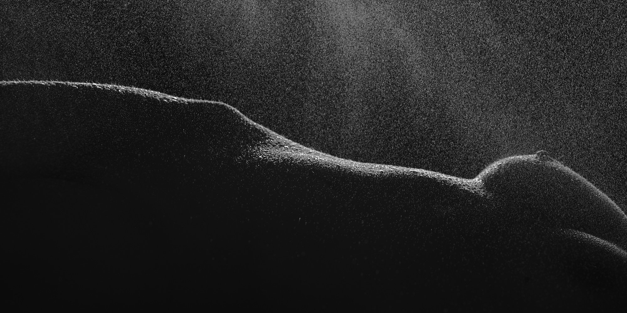 тело вода холод женщина грудь ню темнота капли талия, Михаил Землянский