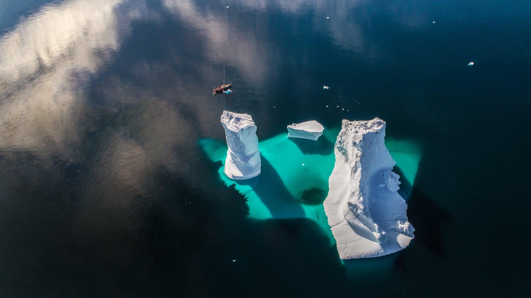 гренландия, айсберг, дрон, яхта, лодка, Алексей Сулоев