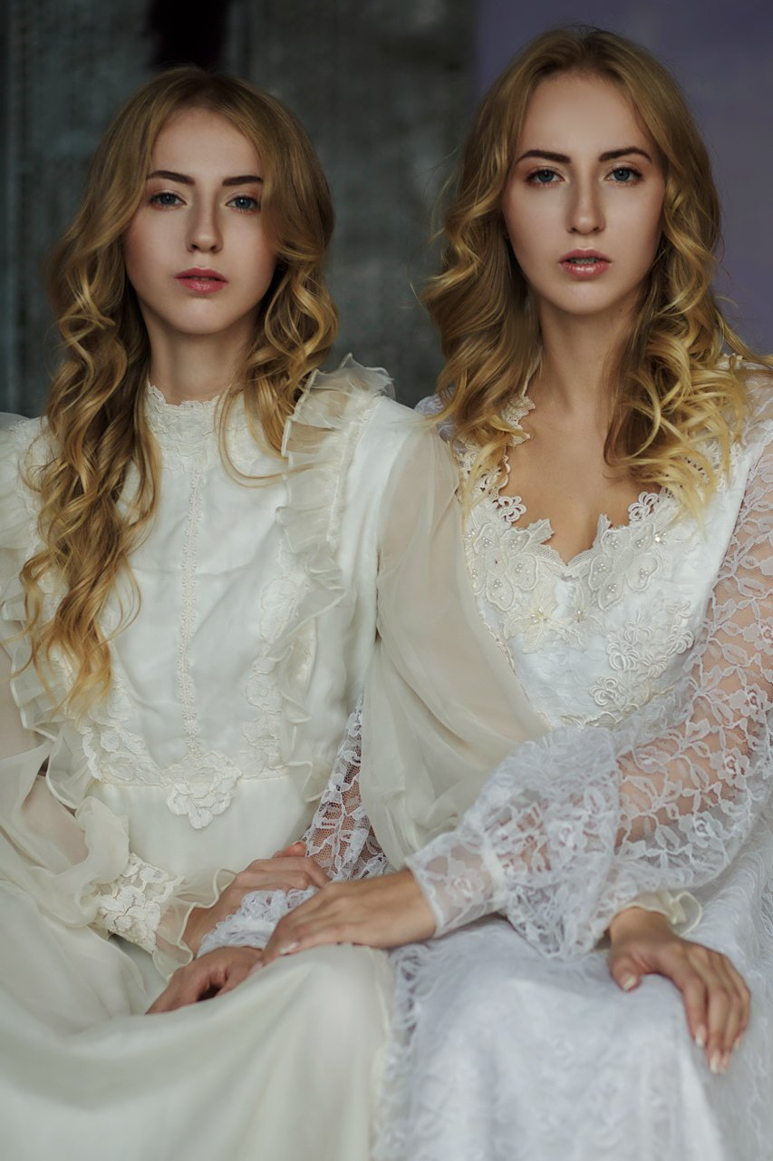 фото винтаж портрет близнецы сёстры танцы, Marie Dashkova