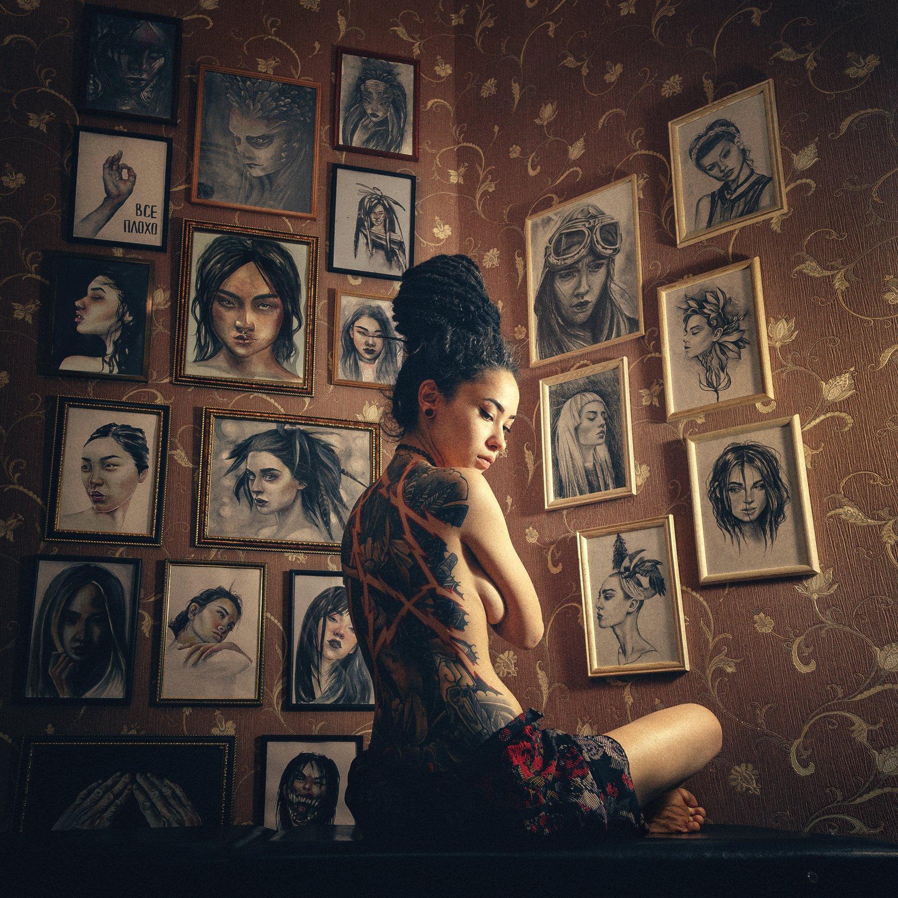 girl model tattoo artist nude drawing light darkness loneliness silence topless Russia dreadlocks девушка модель тату художник ню рисунок свет темнота одиночество тишина топлес Россия дреды, Васильев Андрей