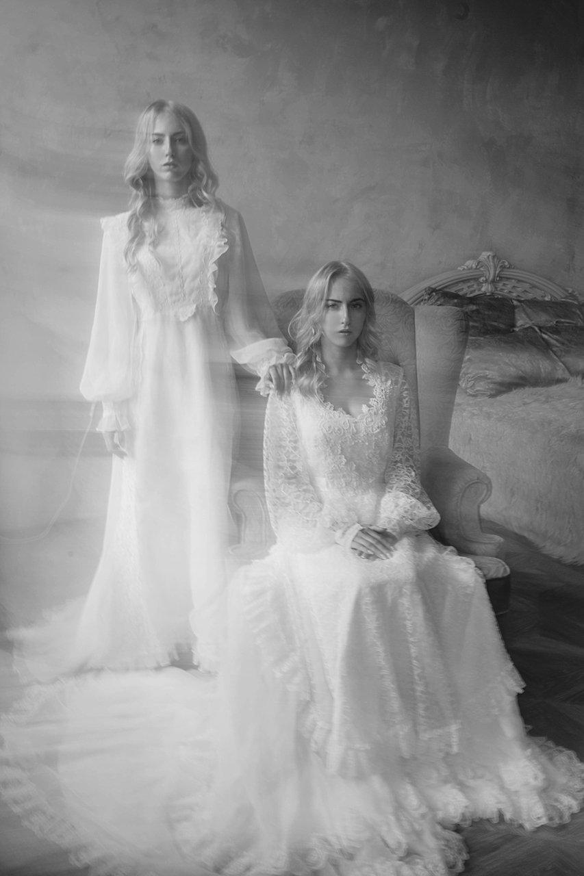фото винтаж портрет близнецы сёстры танцы выдержка, Marie Dashkova