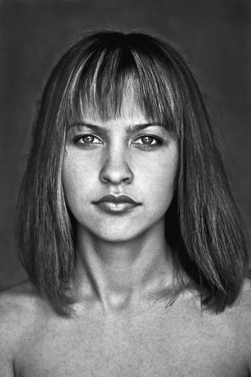 портрет, девушка, глаза, взгляд, волосы, чб, апатиты, Николай Смоляк