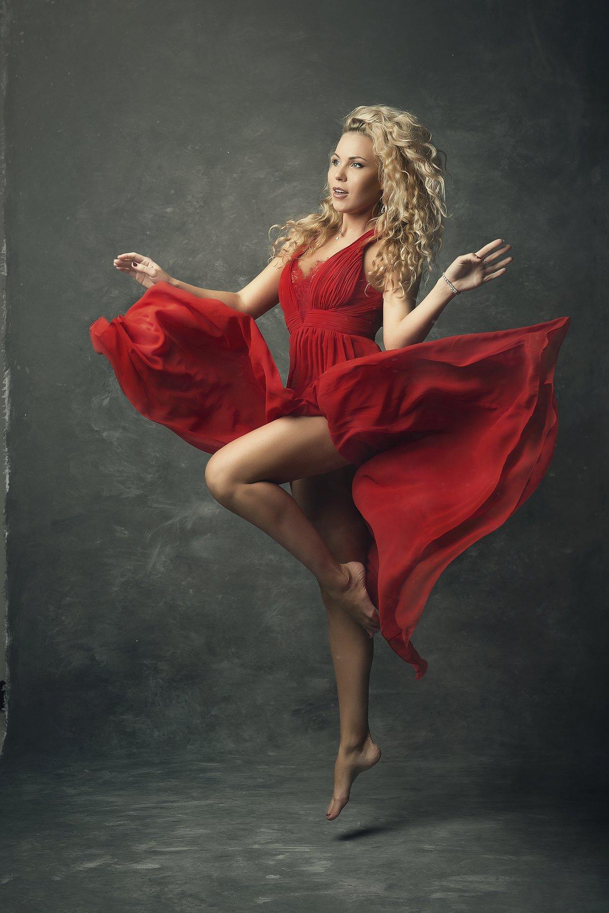 модель, свет, тело, дым, танец, ноги, красный, серый, фон, полет, Чихняев Максим
