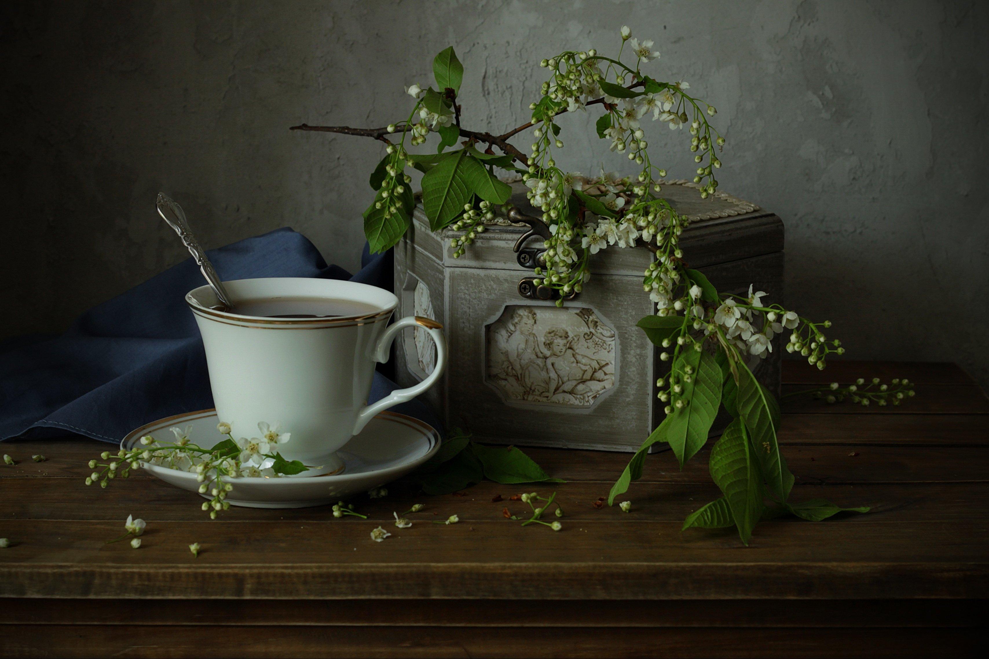 натюрморт, черемуха, чашка, шкатулка, весна, Рябикова-Багузова Галина