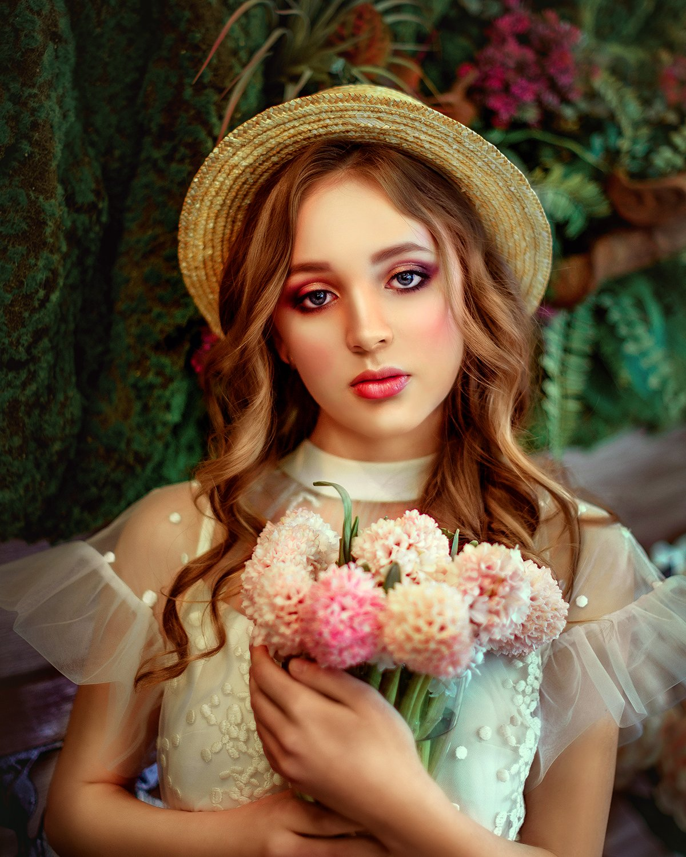 портрет, девушка, шляпка, лето, цветы, красная помада, portrait, face, girl, woman, summer, flowers, yellow, red, Семёхина Марина