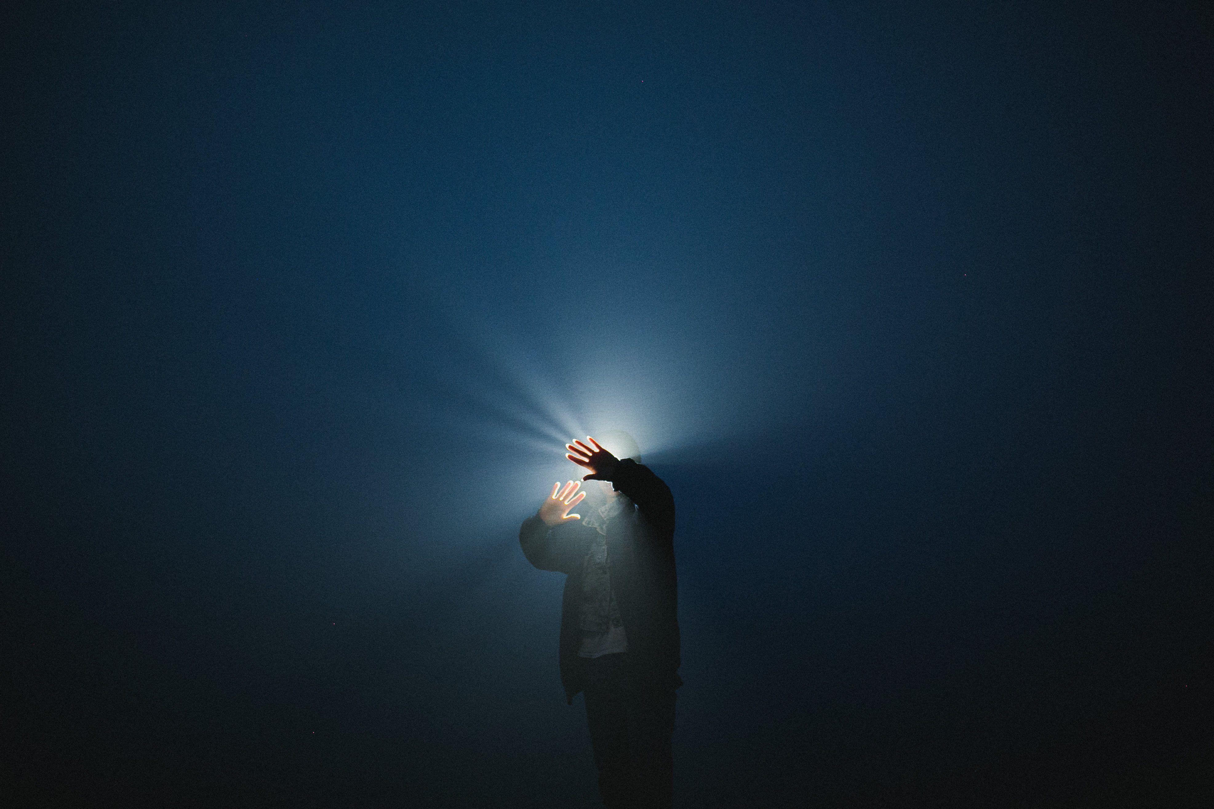 ночь туман свет, Воронин Вова