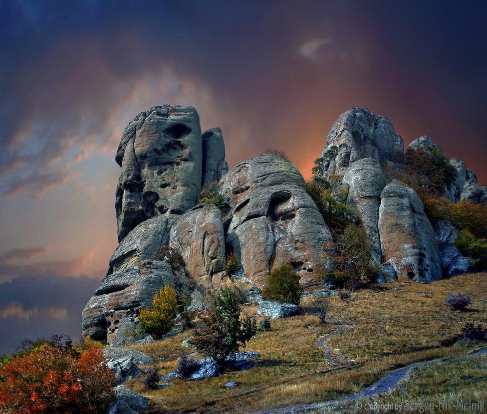 каменные-монстры-крыма, долинапривидений, горы, скалы, зеленогорье, панагия, алушта, демерджи, крым, симеиз, чатырдаг, Serg-N- Melnik-oy