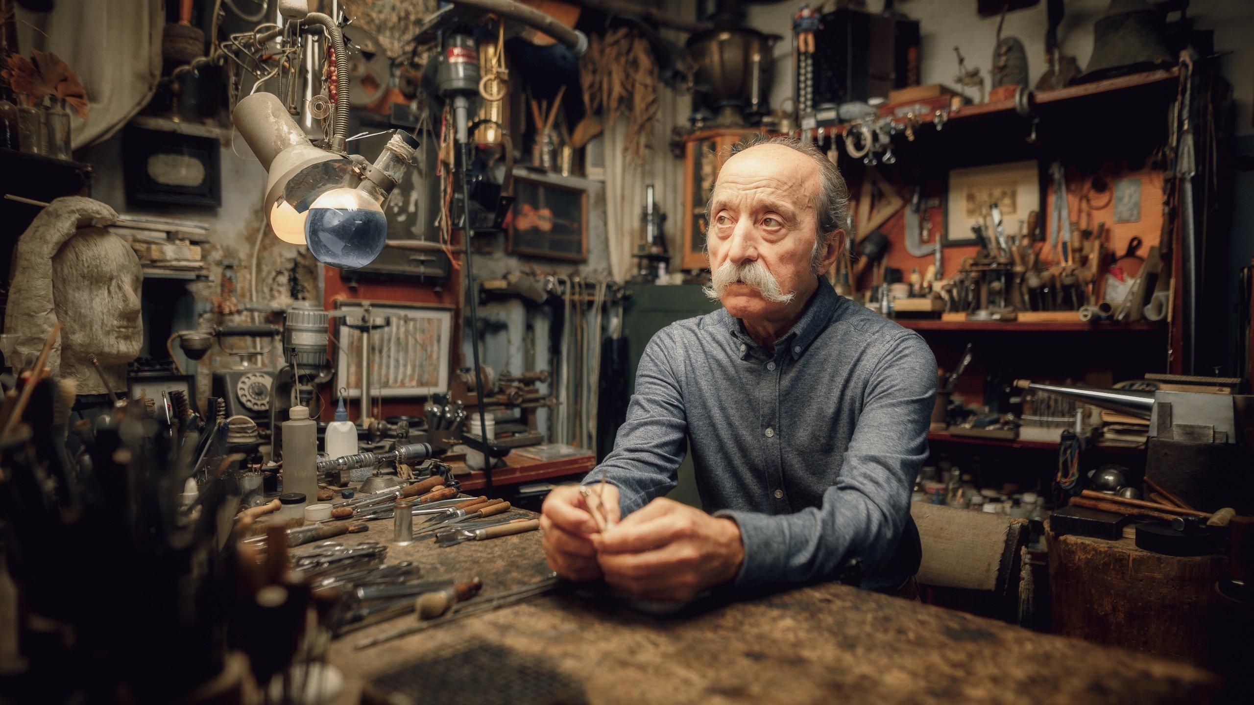 мужчина, портрет, взгляд, усы, мастер, профессионал, дело, художник, Васильев Андрей