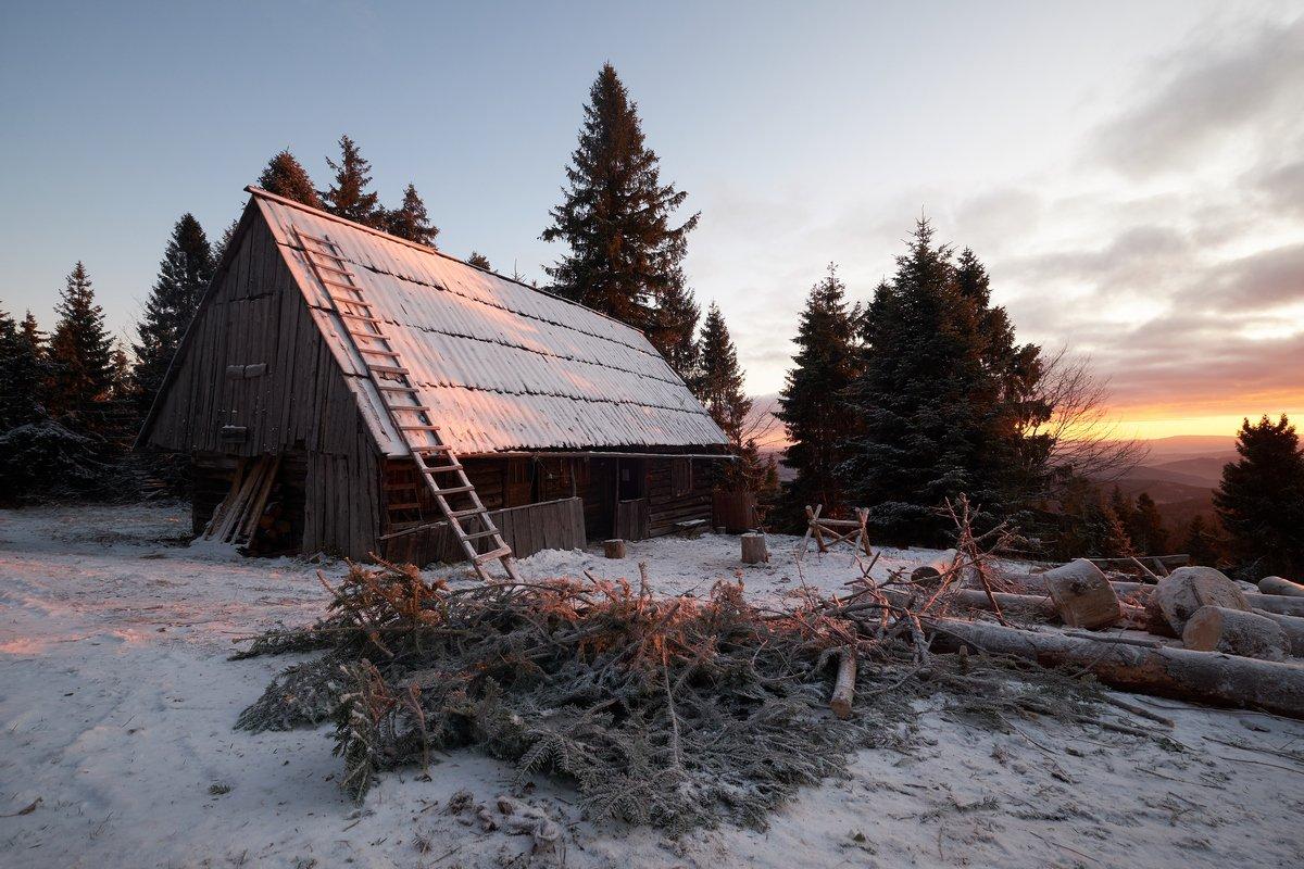 mist,mountains,hut,sunrise,tree,cold,frozen,  Rafal