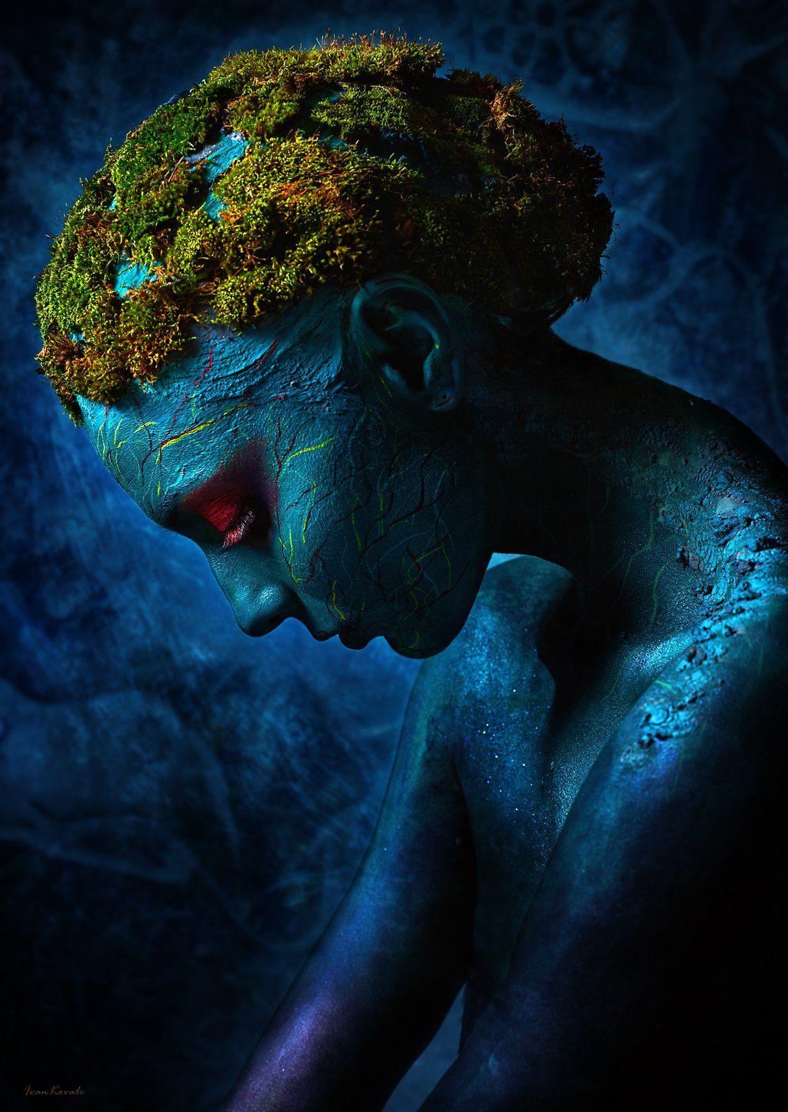 портрет, лицо, девушка, сад, молодость, разрушение, мох, природа, соединение, симбиоз, мир, планета, жизнь, Ковалёв Иван