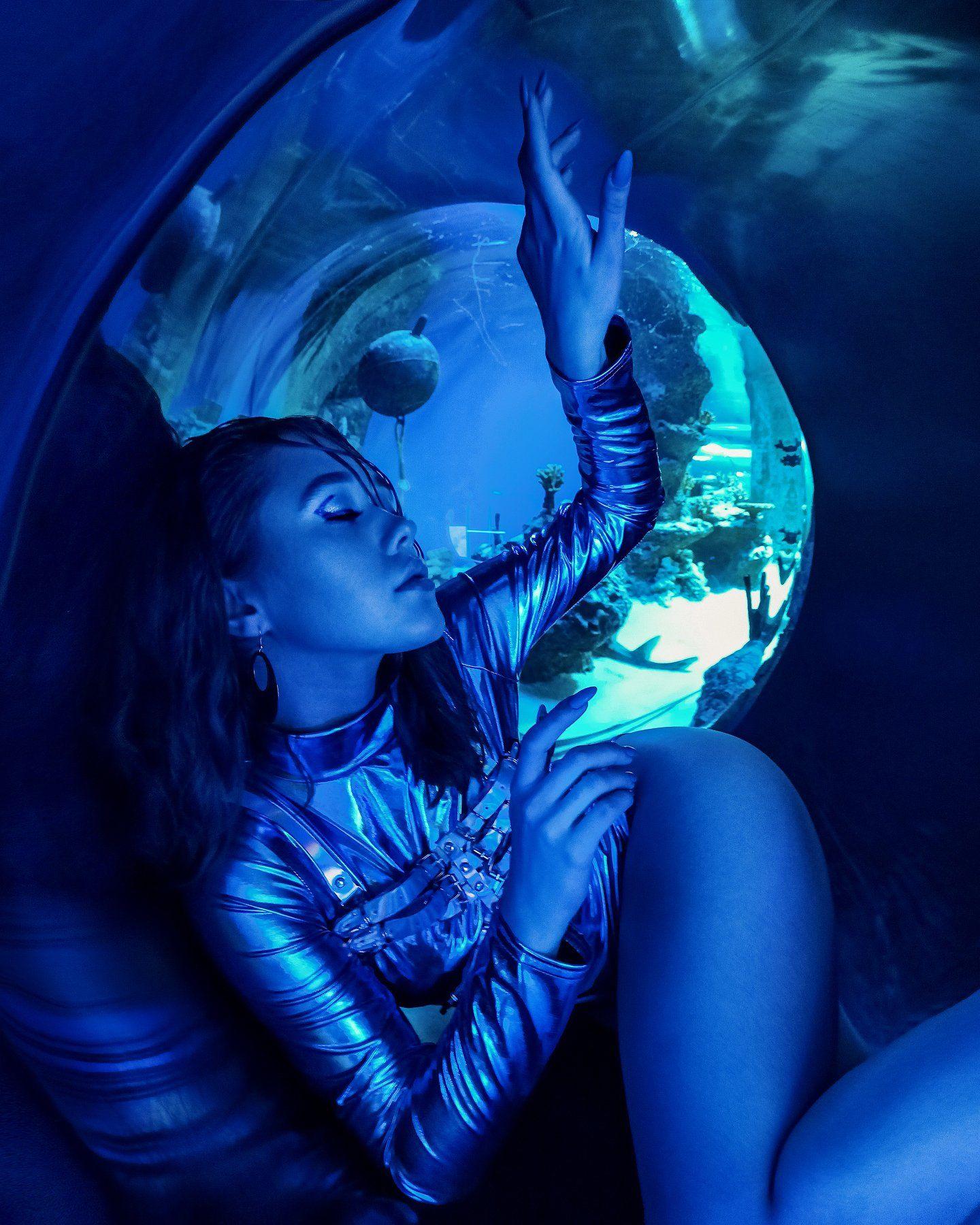 fine art, under water, blue, space, portrait, woman, портрет, под водой, синий, девушка, космос, Семёхина Марина