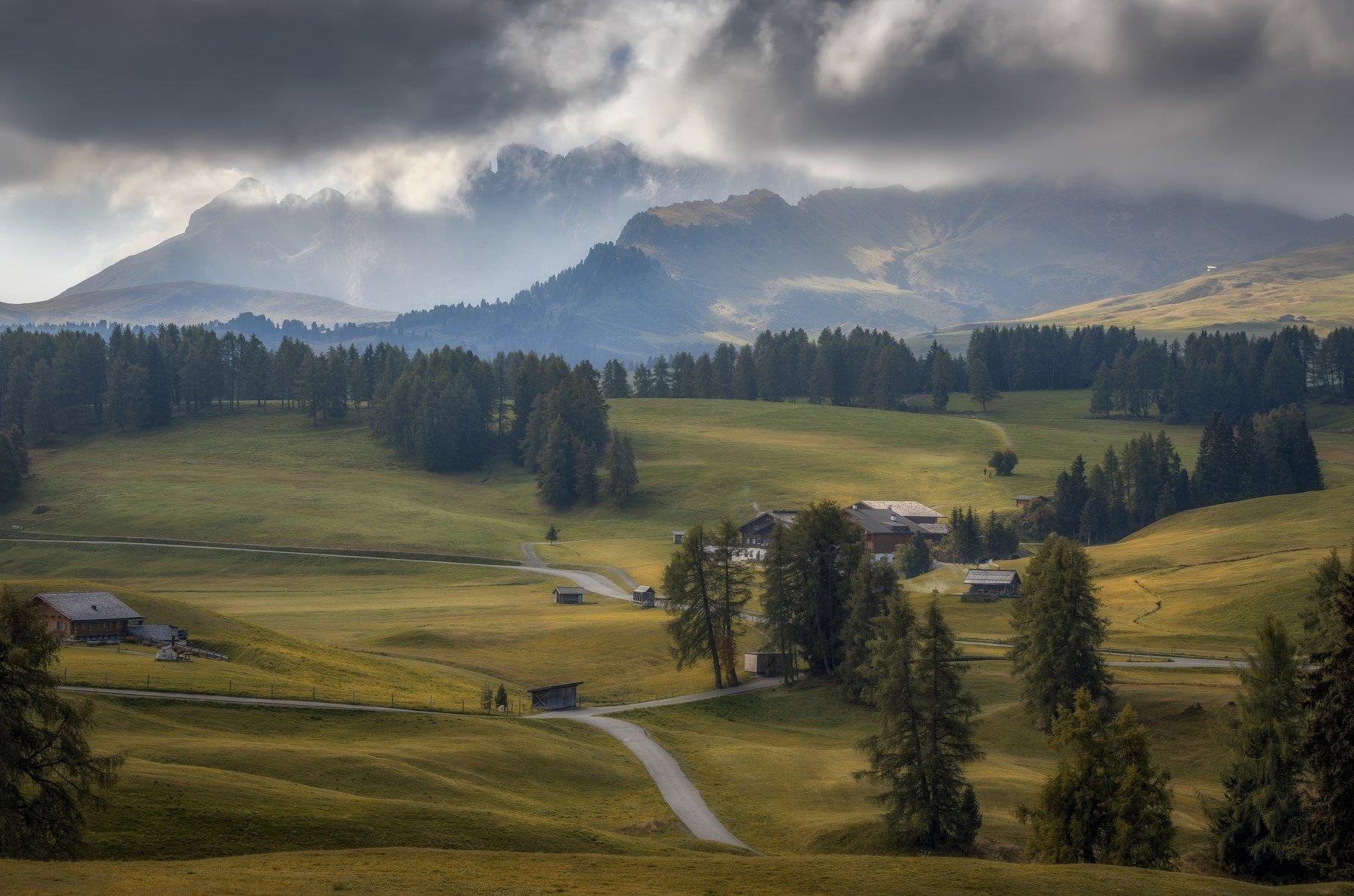 поля, горы, Alexandr Bezmolitvenny