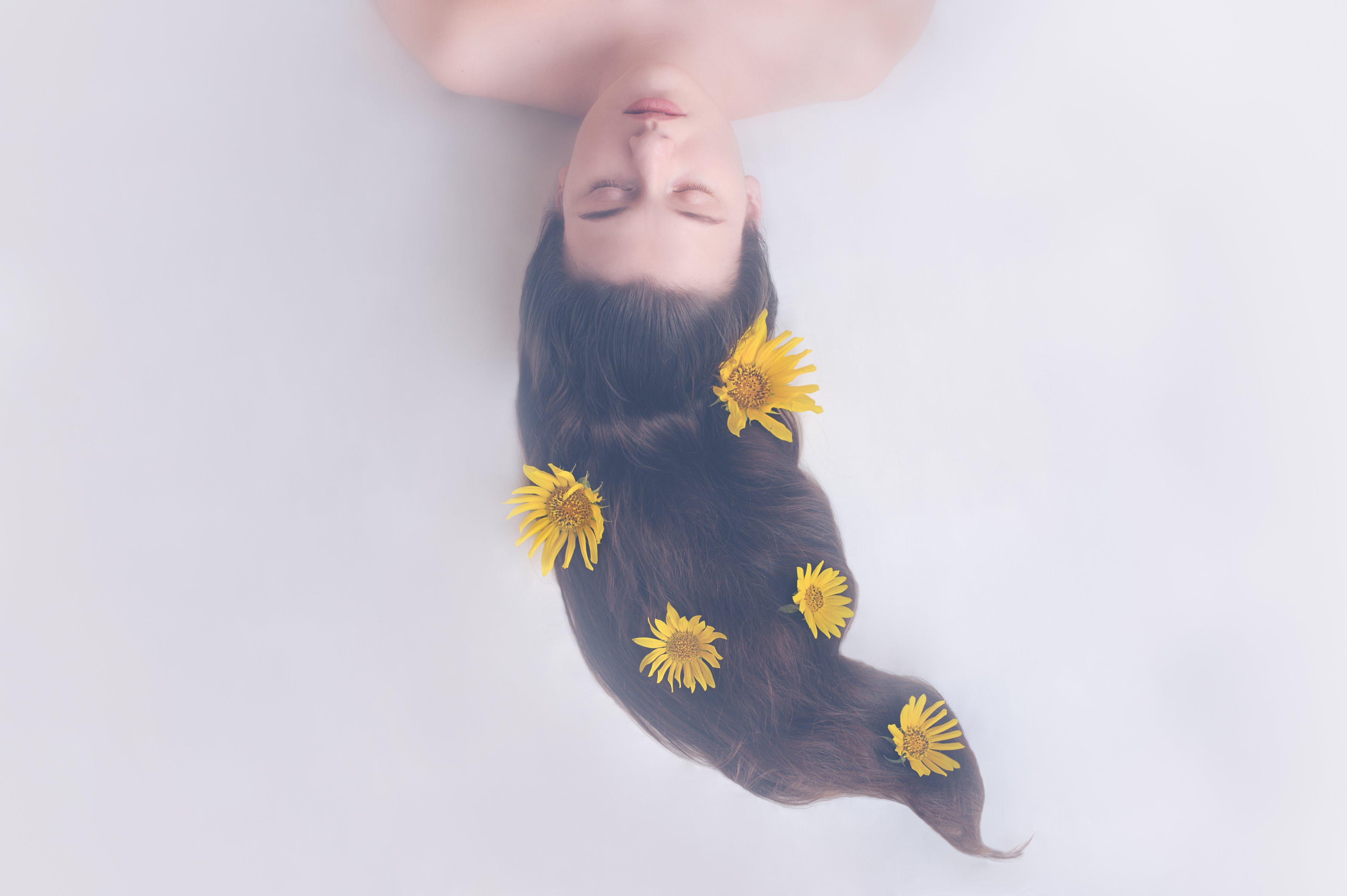 girl, sunflower, hair, sleep, eyes, closedeyes, longhair, yellow, Ekaterina Weber