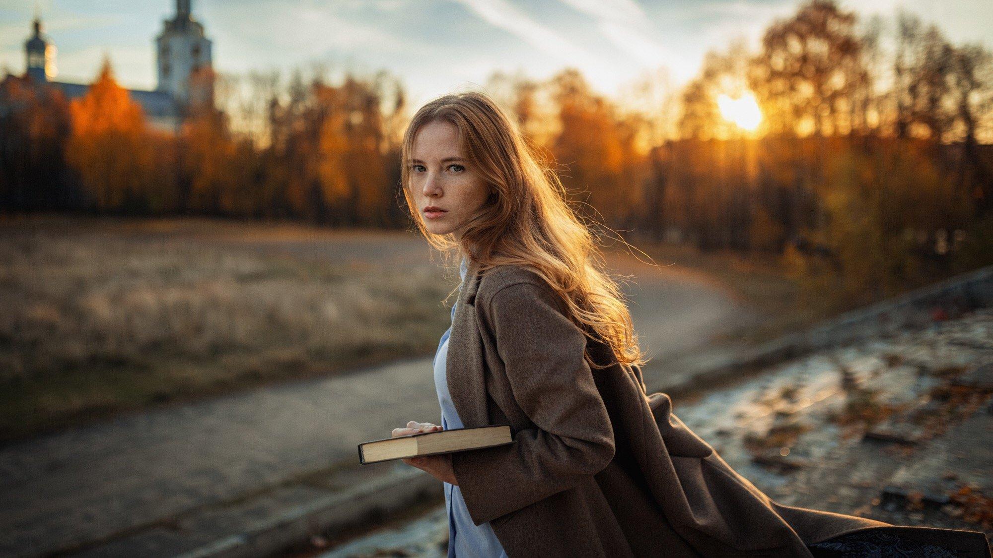 портрет, осень, девушка, закат, храм, Куренной Александр