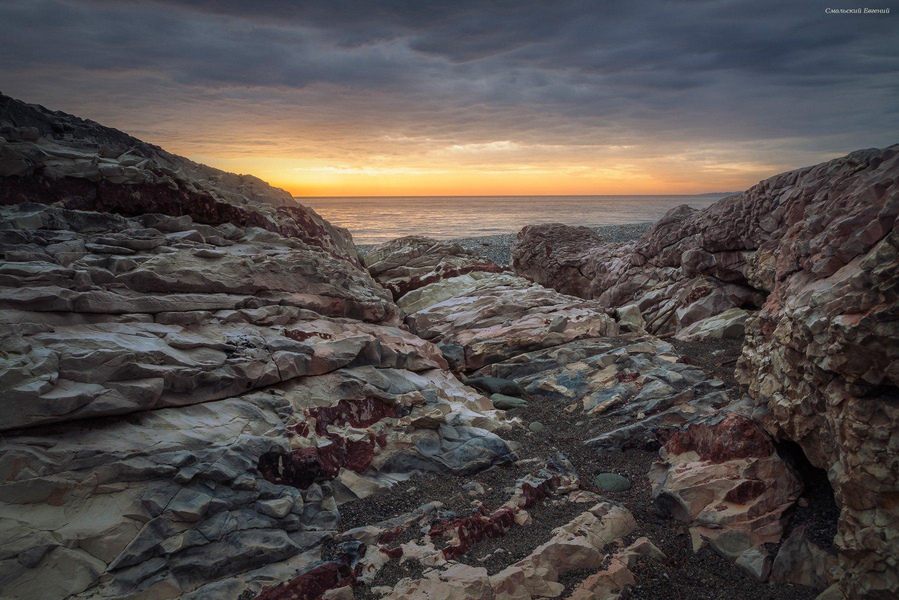 закат, море, пляж, вечер, абхазия, камни, Смольский Евгений