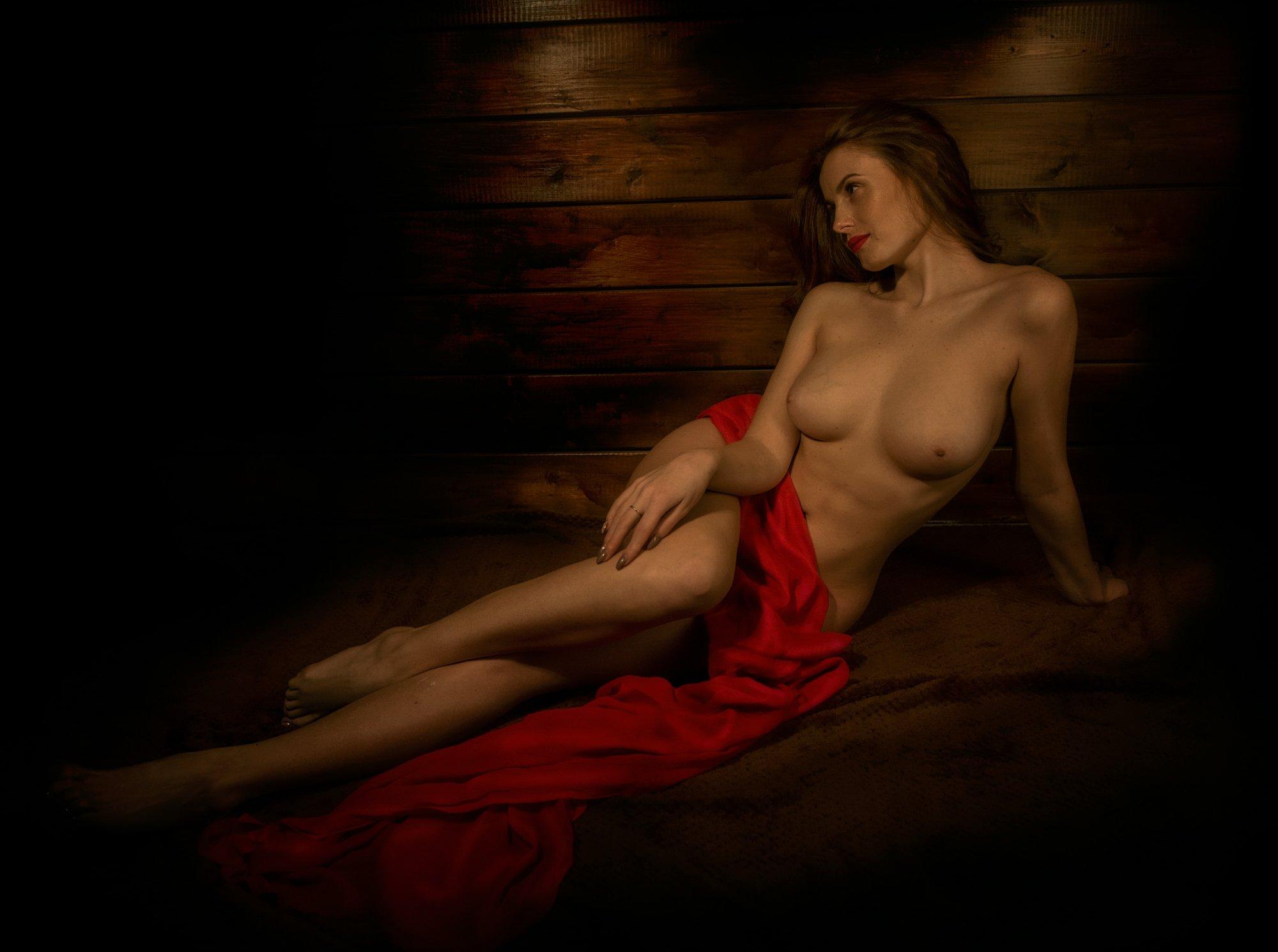 девушка ню портрет ткань красная грудь картина, Андрей Володин