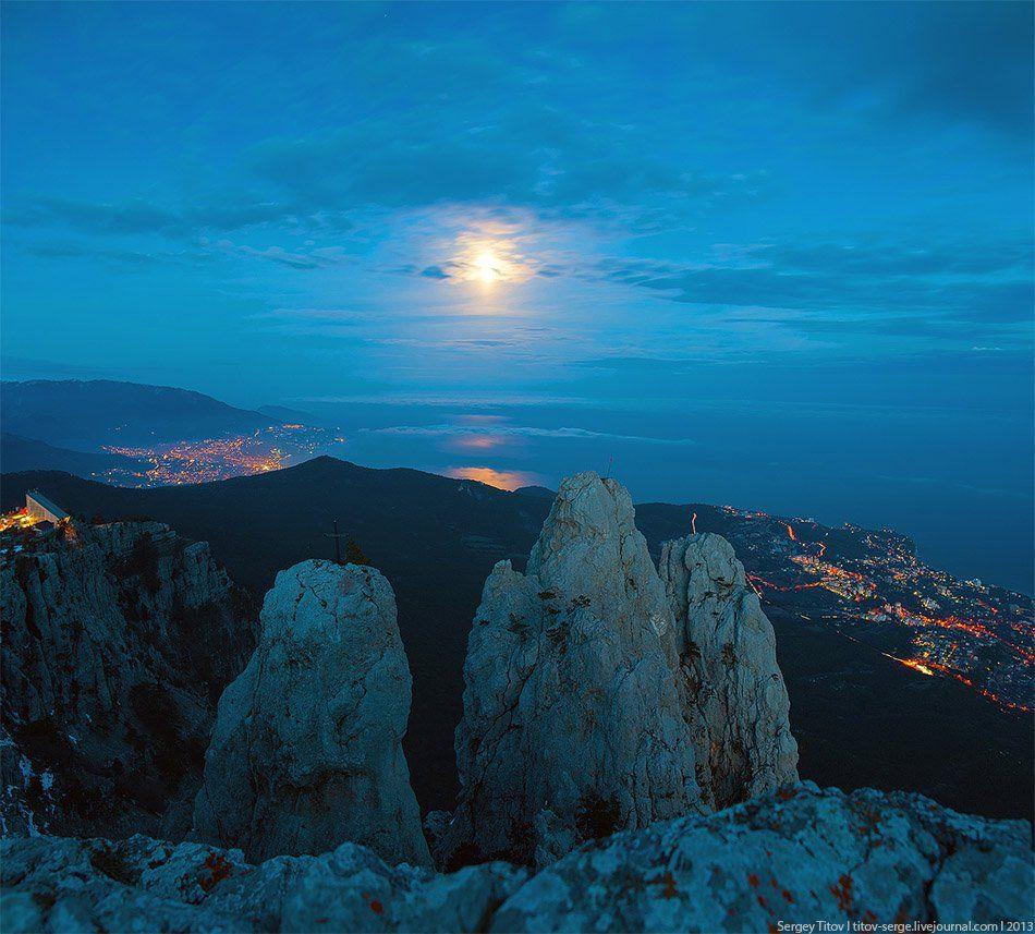 крым, горы, туман, ялта, луна, ай-петри, Сергей Титов
