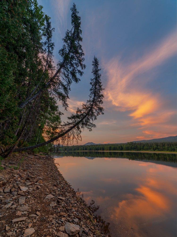 озеро, закат, вечер, горы, вода, камни, берег, южный урал, лето, Данил Ромодин