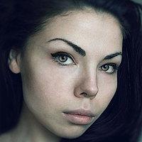 Portrait of a photographer (avatar) Червона Ворона (Chervona Vorona)