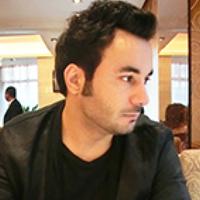 Portrait of a photographer (avatar) mouzan